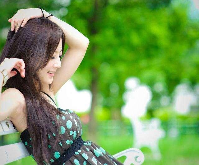 《泡神老雄恋爱集》QQ搭讪的技巧,轻松拿下喜欢的女孩子